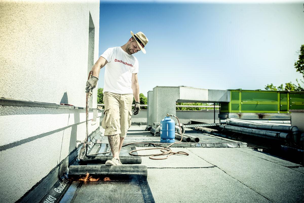 Bitumen - Dachdeckermeister Claus Dittrich GmbH & Co. KG Dresden I Traditionelle Handwerkskunst mit innovativen Verarbeitungstechniken